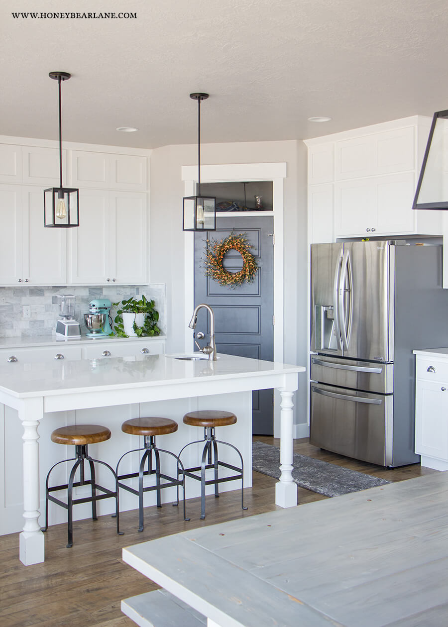 Adding Accent Colors to Your Kitchen