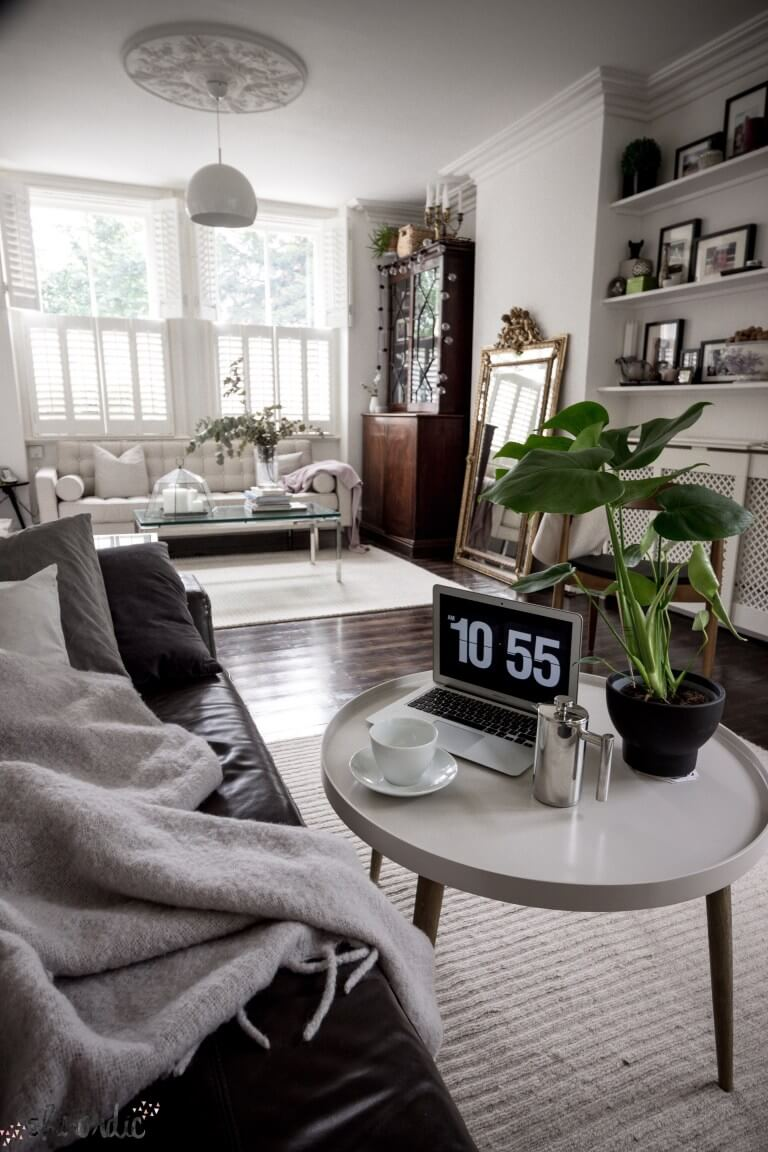 23 Best Small Apartment Living Room Decor and Design Ideas for 2323