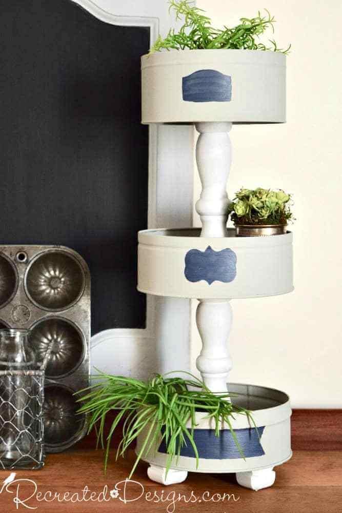Elegant Three Tier Decorative Stand