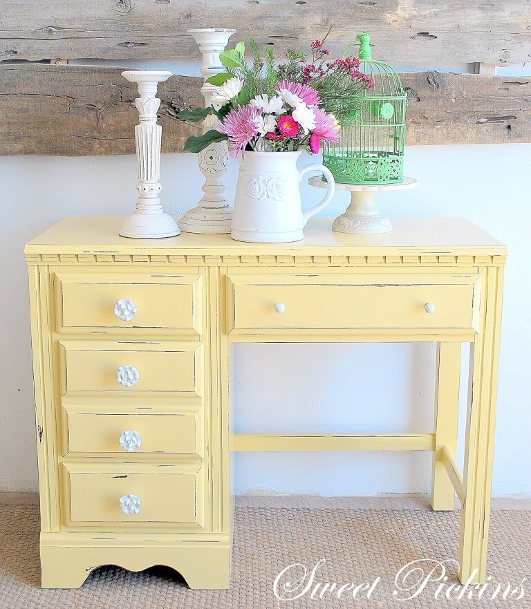 Bright and Friendly Yellow Painted Desk