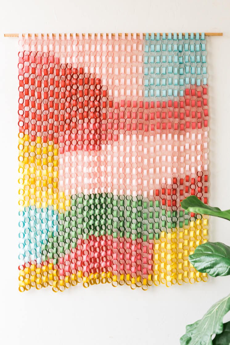 Patterened Paper Chain Curtain Design