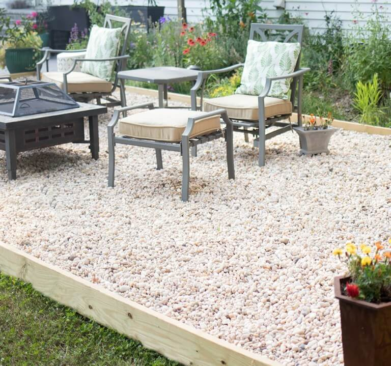 Planter Box Pea Gravel Patio