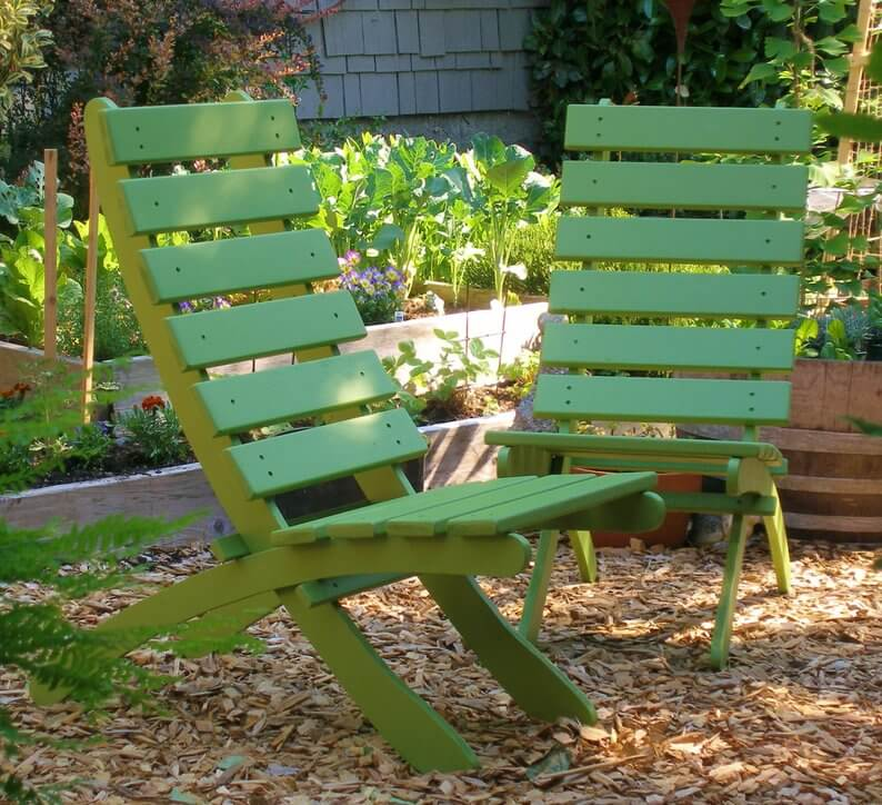Curved Back Wooden Patio Chairs in Color