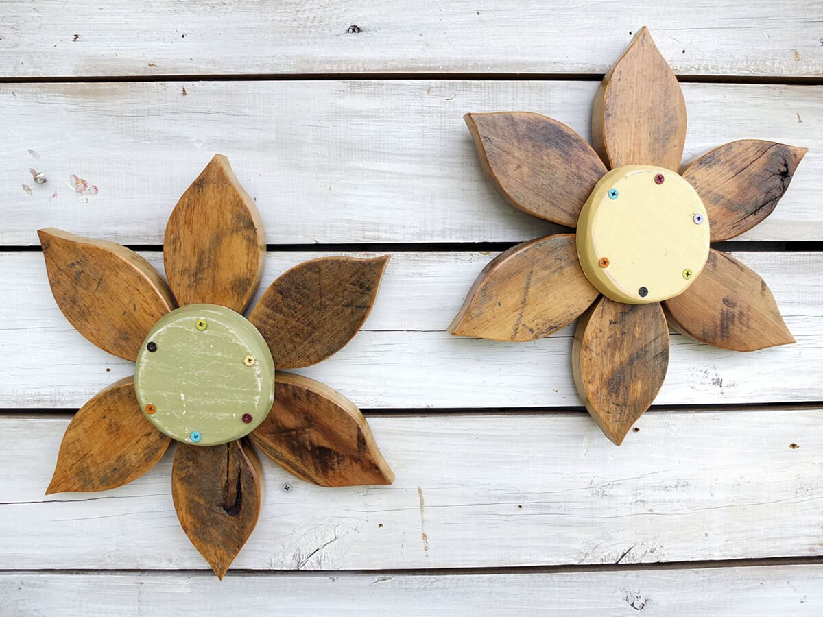 Reclaimed Barn Wood Flower Art