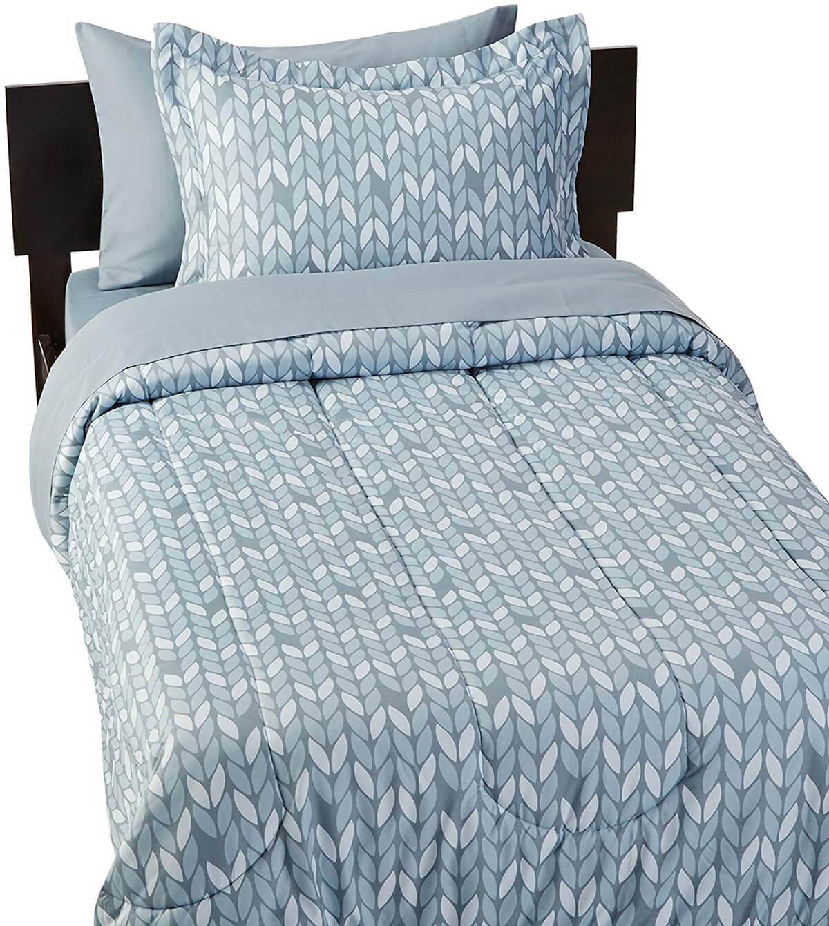 AmazonBasics 5 Piece Dusty Blue Trellis Sheet Set