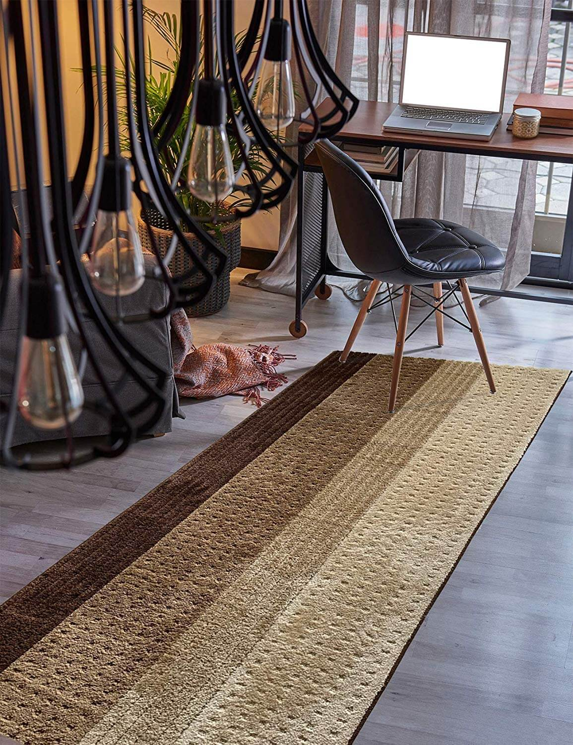 Natural Tones in Stripes for Modern Rug Addition