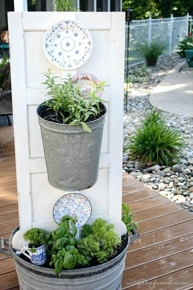 Useful Kitchen Herb Garden