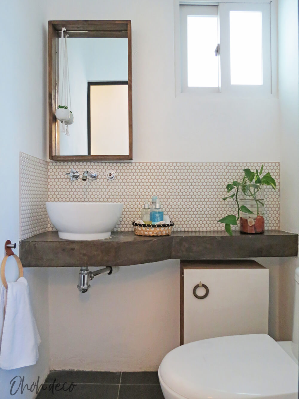 Incorporating Textures and Natural Elements Into the Bathroom