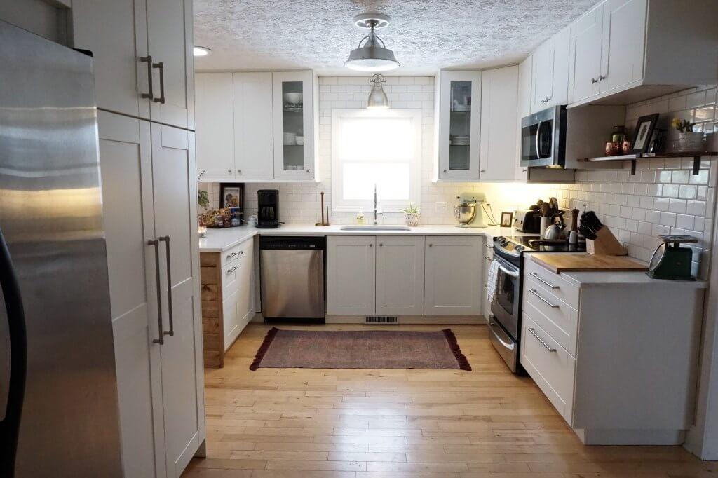 Bright and Rustic Kitchen Sconce Design Idea