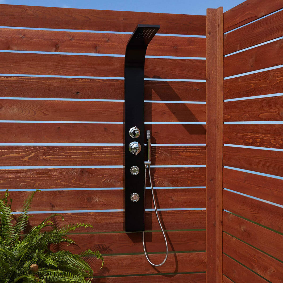 Minimal Wooden Garden Outdoor Shower