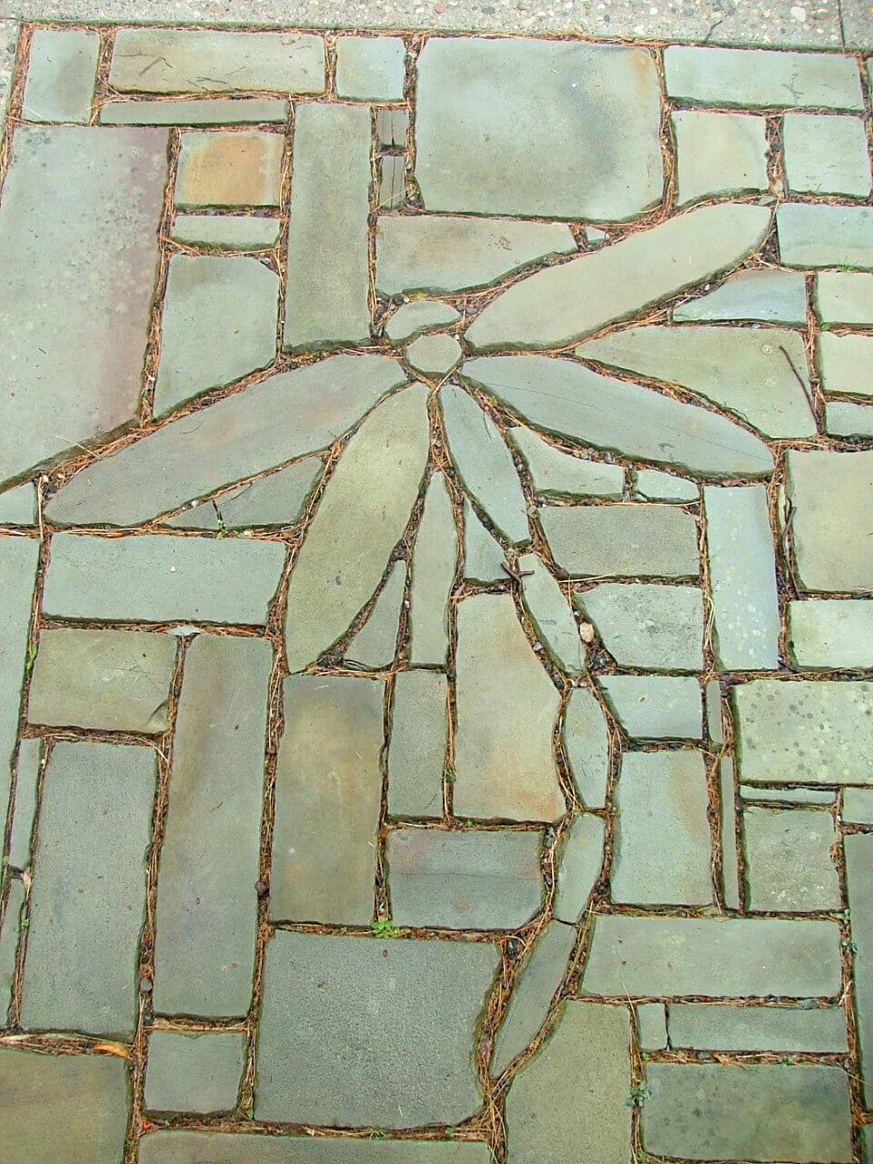 Sandstone Dragonfly Garden Paver Stone