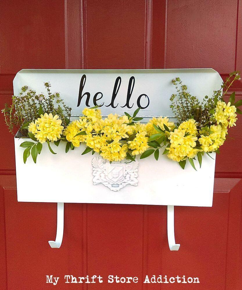 Strikingly Simple Vintage Mailbox Planter