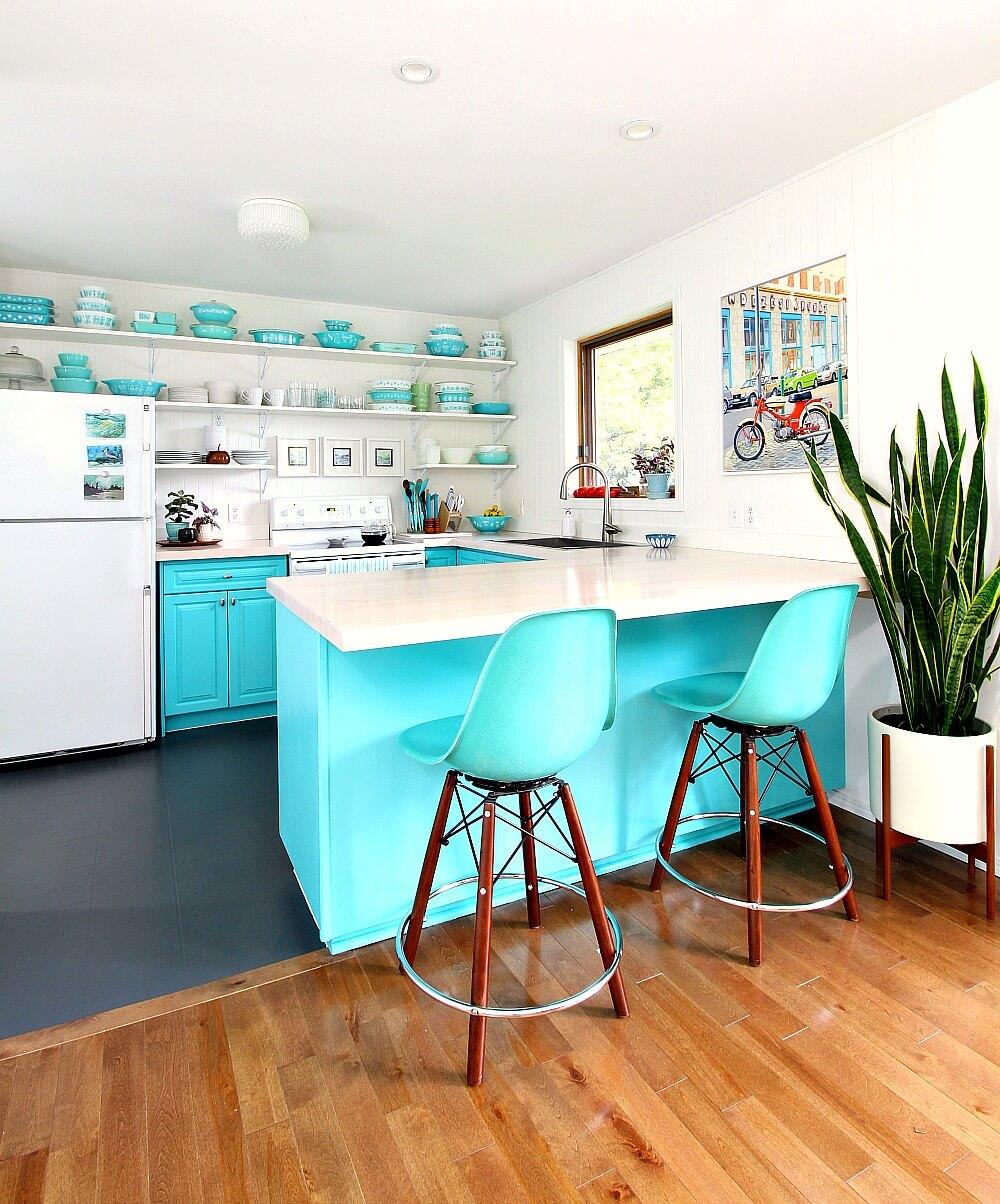 Sleek and Simple Vinyl Floor Design Idea
