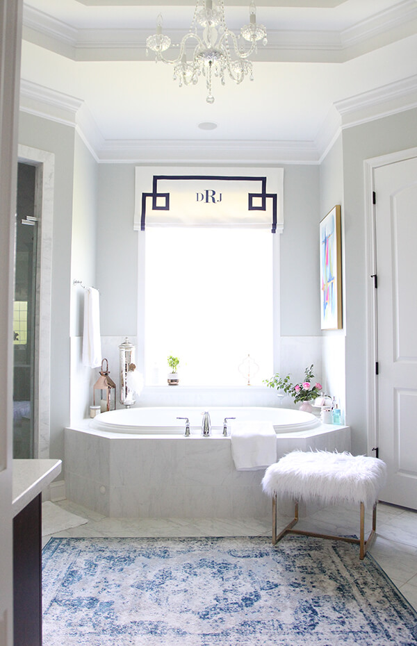 A Feminine Flair Take on the Modern Bathroom Trend