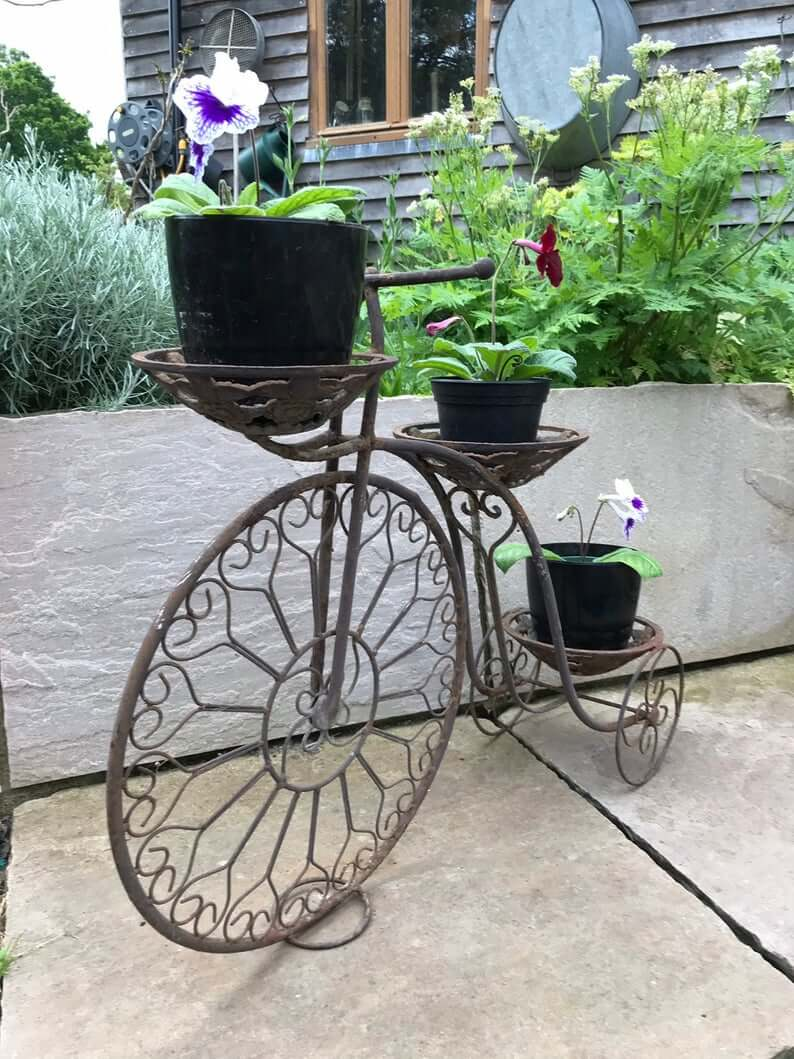 Creative and Functional Metal Plant Stand