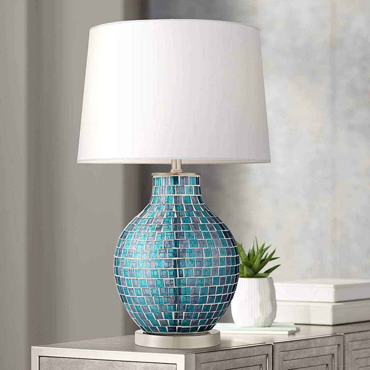 Mosaic Sets the Mood for a Classic Table Lamp