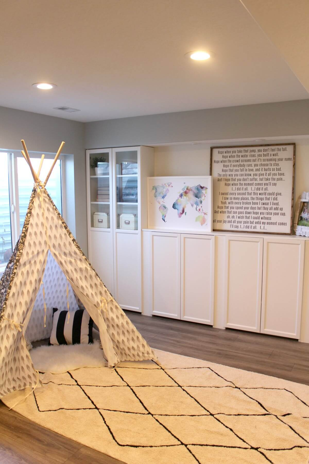 A Minimalist Basement Playroom for Kids