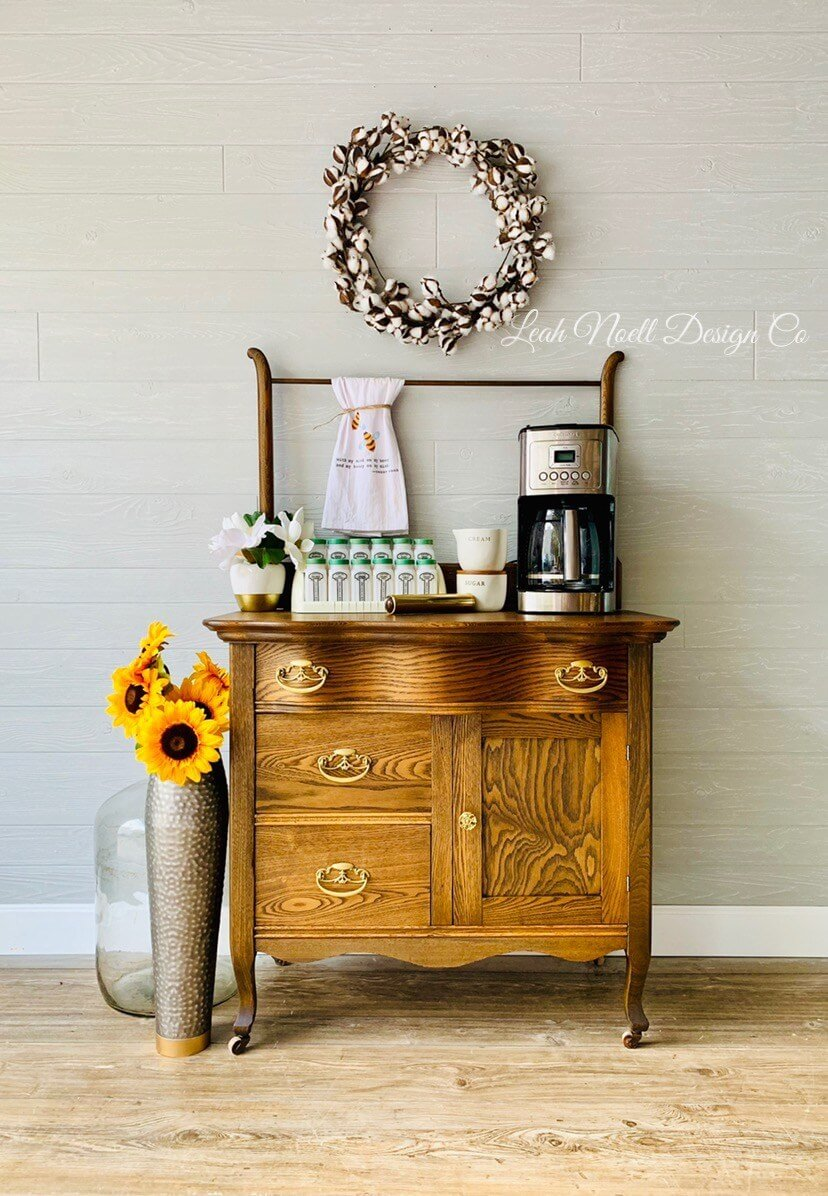 Farmhouse Glamour and Beautiful Flowers