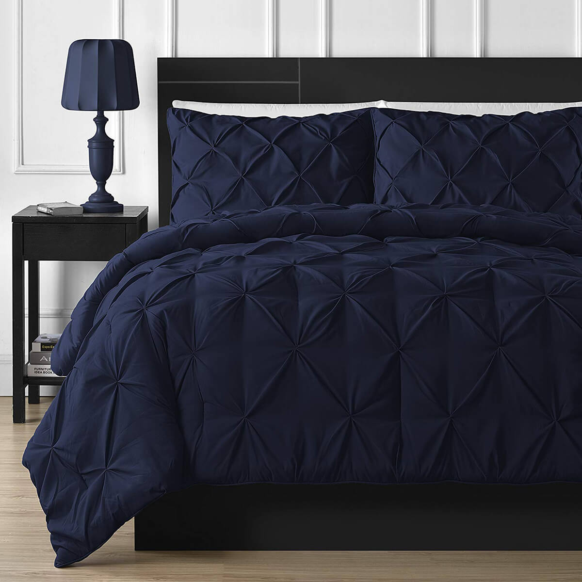 Positively Classic Style Bedding in Sumptuous Navy