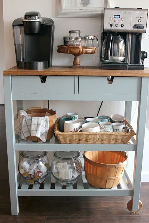 A Coffee Cart for All Seasons