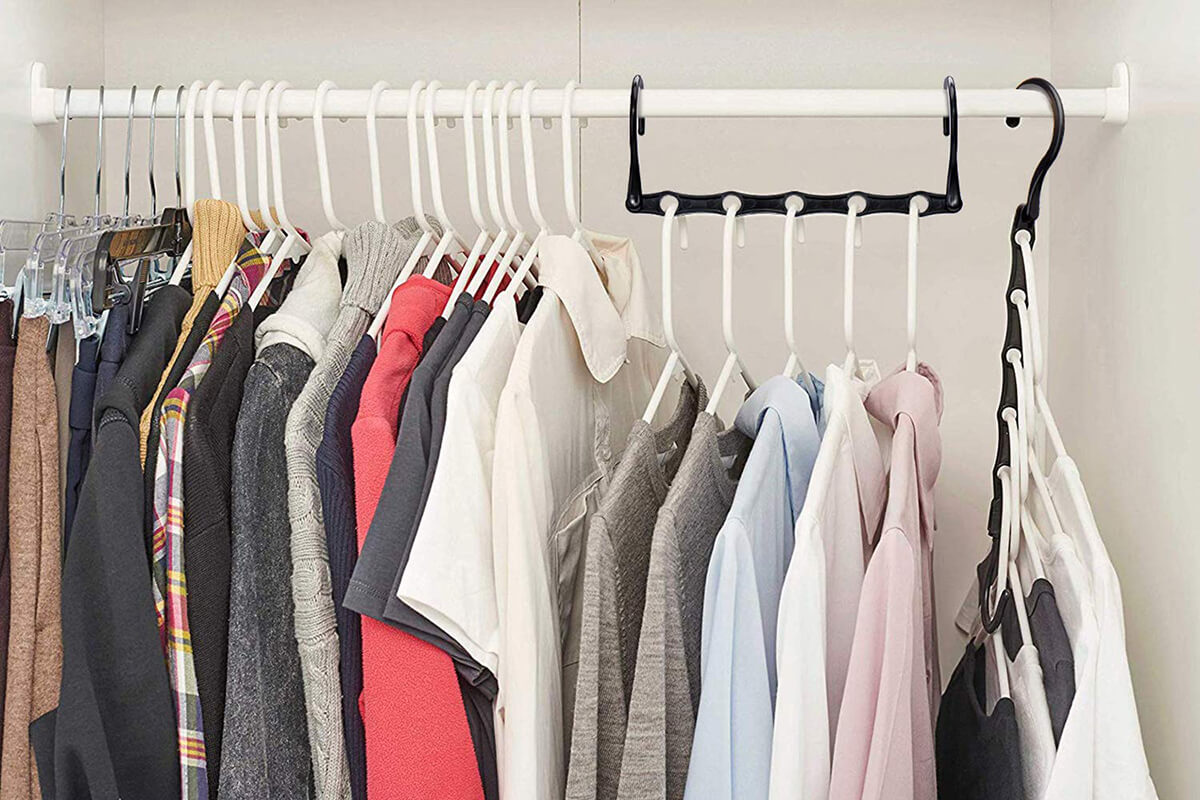 Multi-Use Five-Hole Clothing Hanger