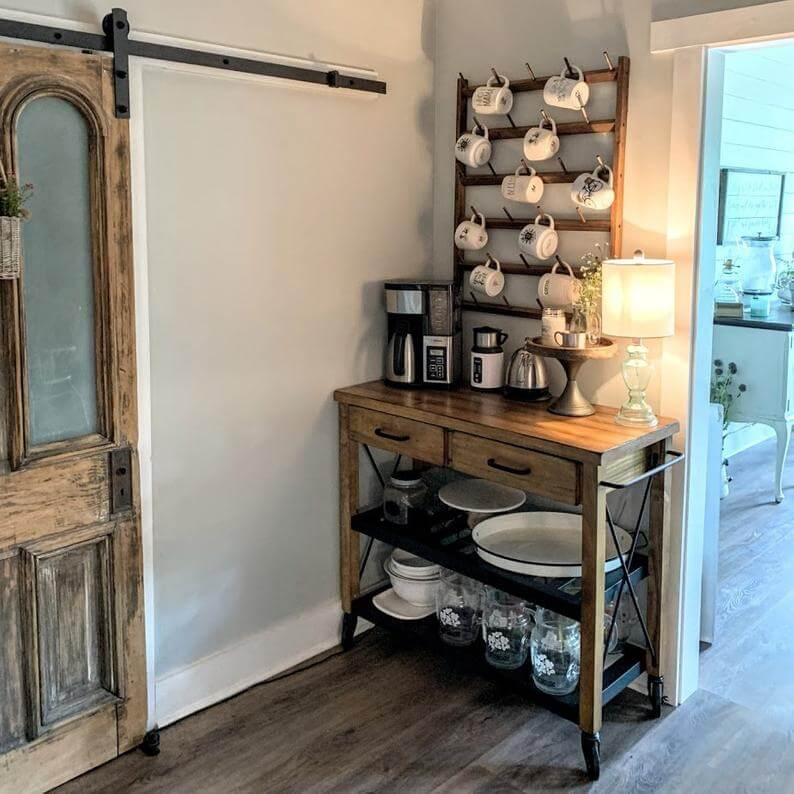 Large Mug Rack and Corner Table