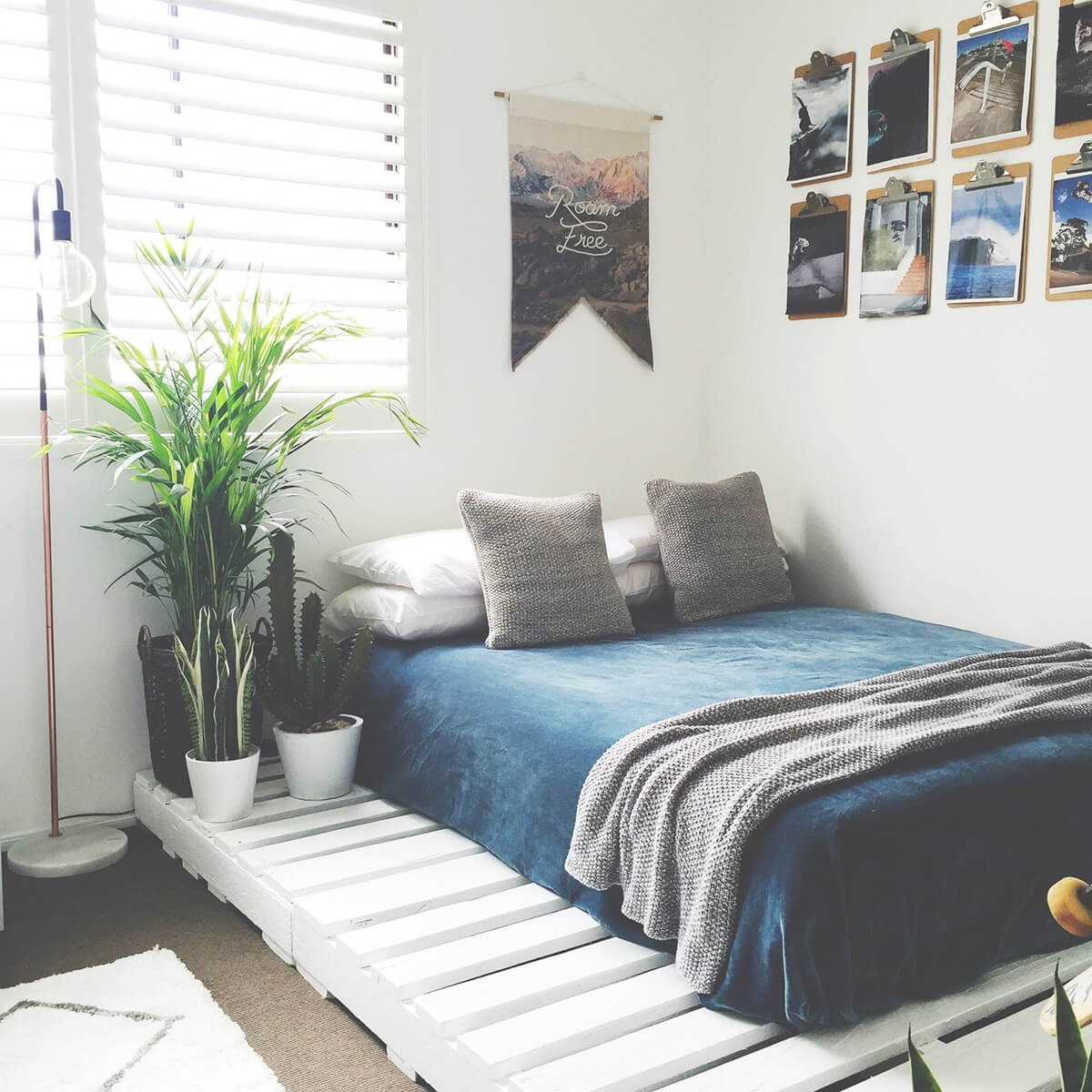 Outdoor Inspired Painted White Pallet Platform Bed