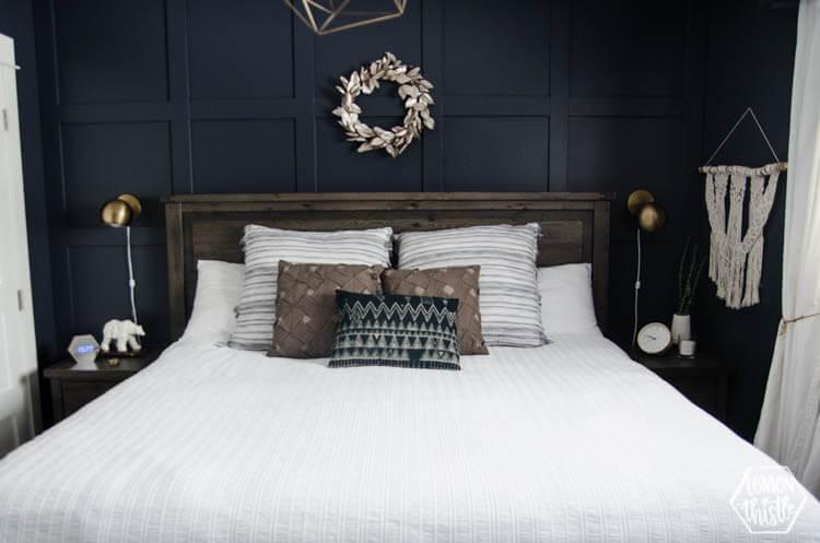 White Hemp and Black Bedroom Design Idea