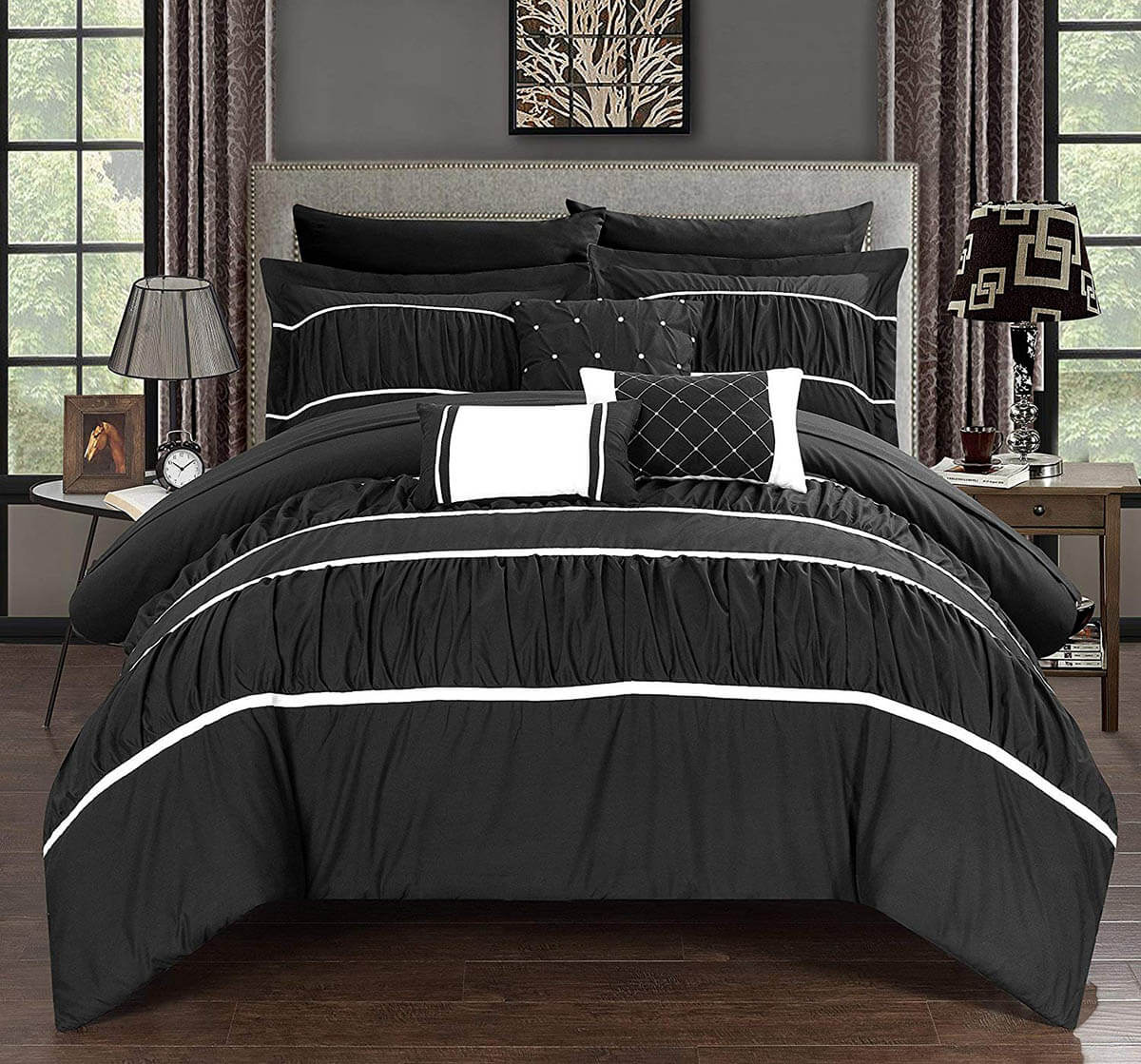 Grey and Black Bedroom Decor Ideas