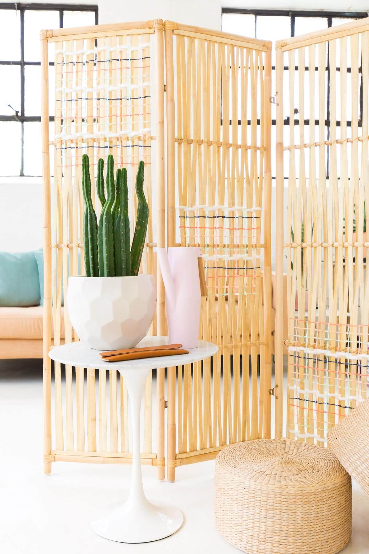 Customized Rattan Room Divider with Woven Pattern