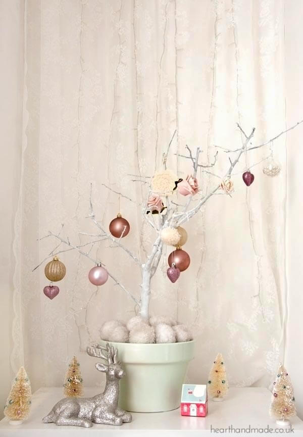A Beautiful Tree to Decorate All Year Long