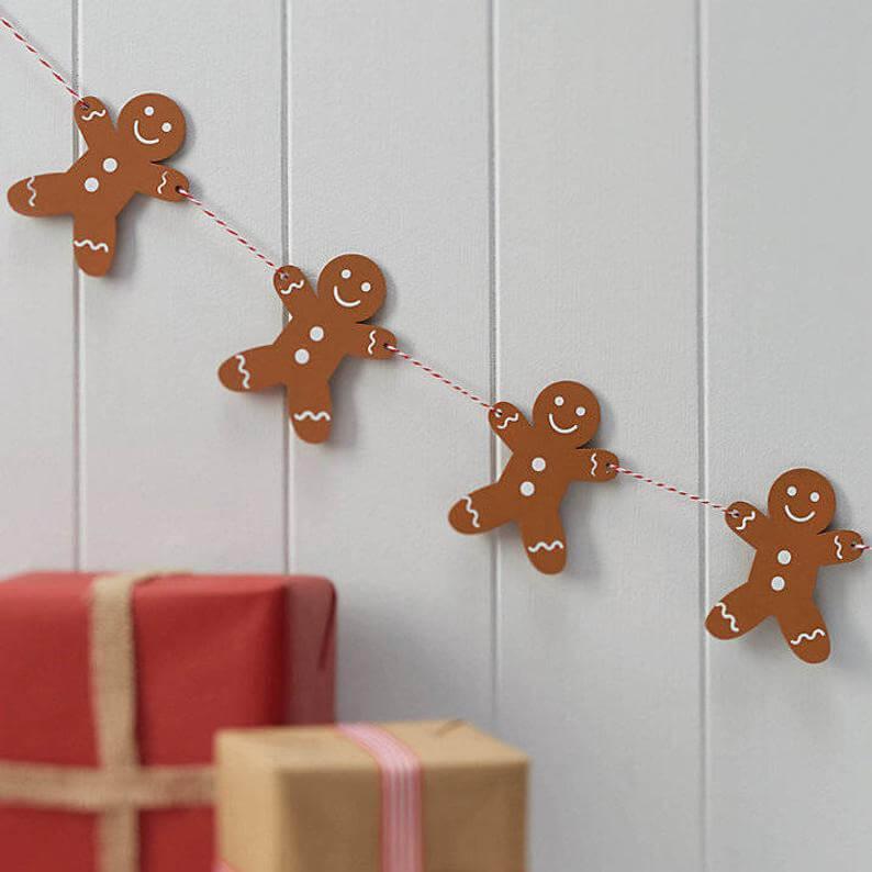 Cheerful Garland Chain of Wooden Gingerbread Men