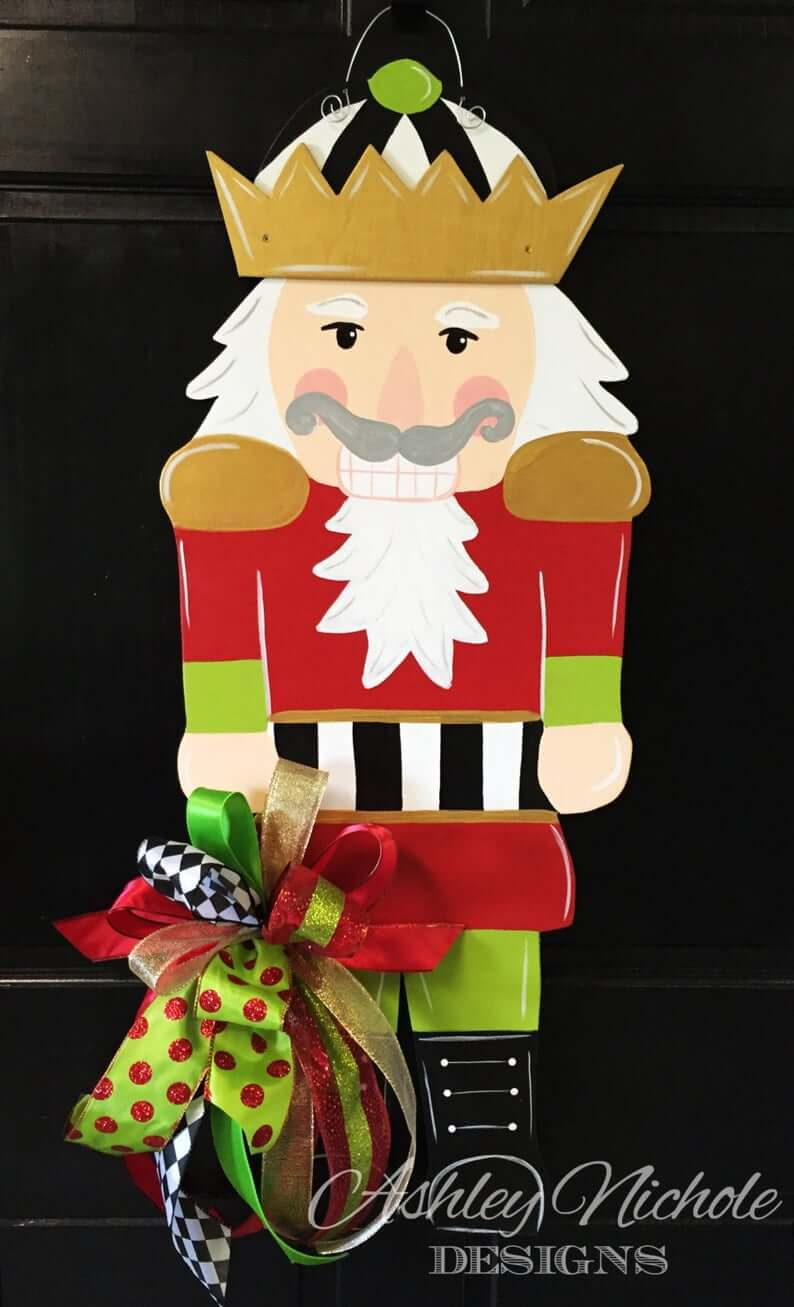 Hand-cut Wooden Nutcracker Decoration