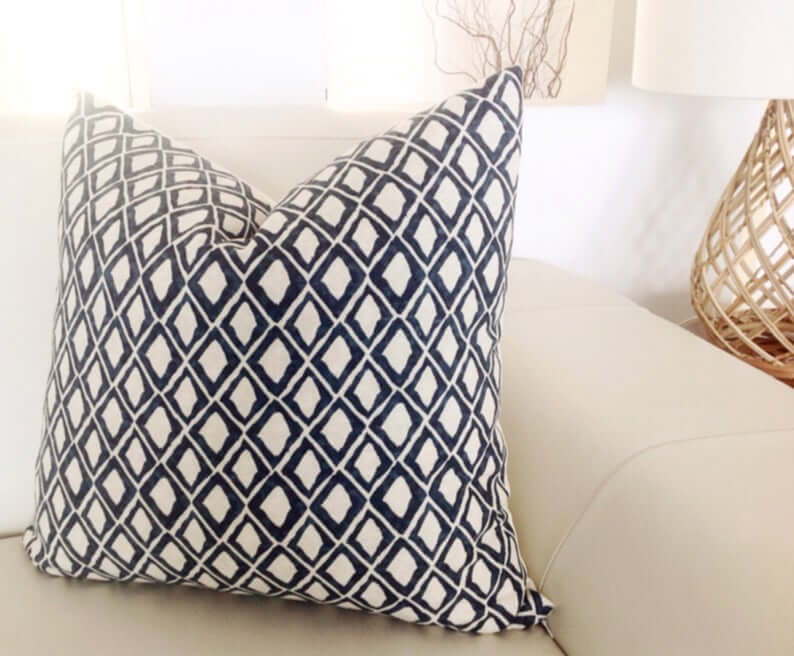 Black and White Diamond Design Throw Pillow