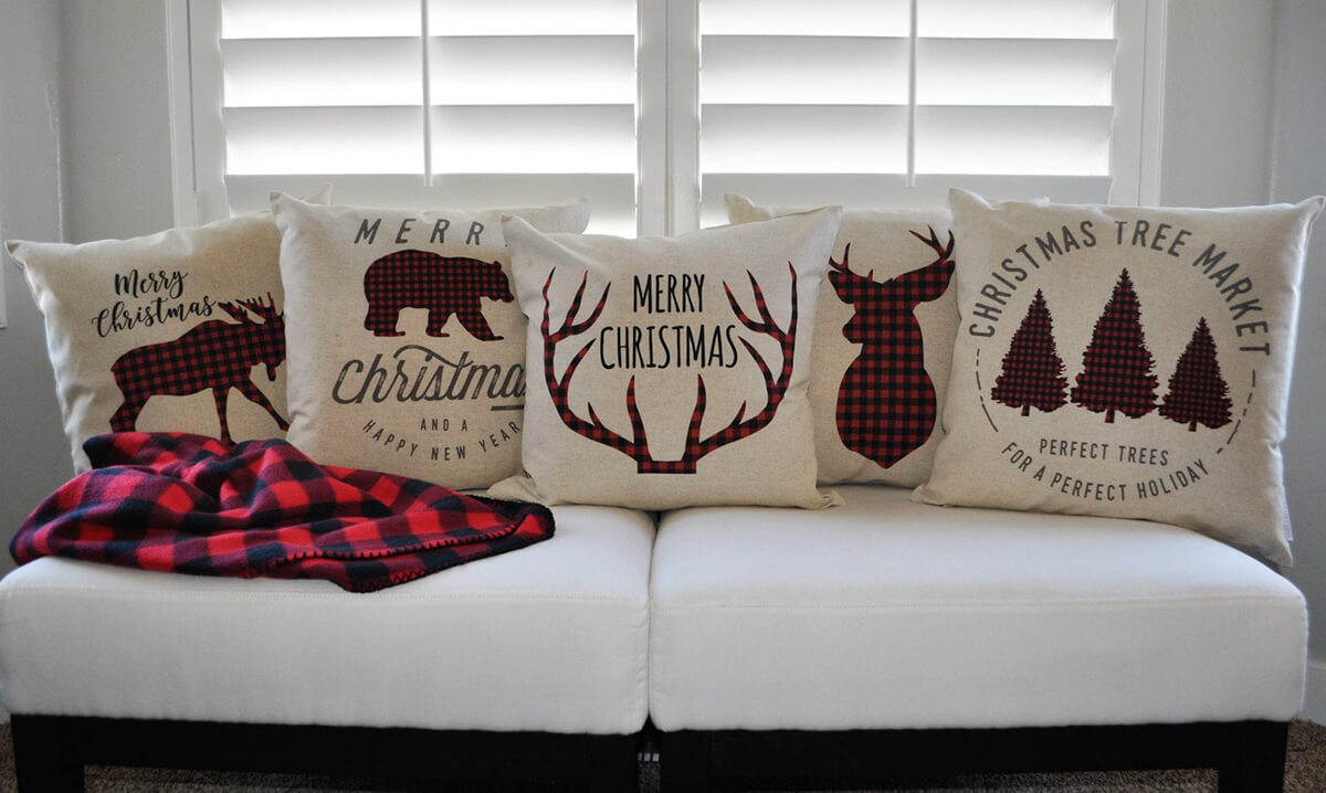 Very Plaid Christmas Set of Five Cozy Pillows