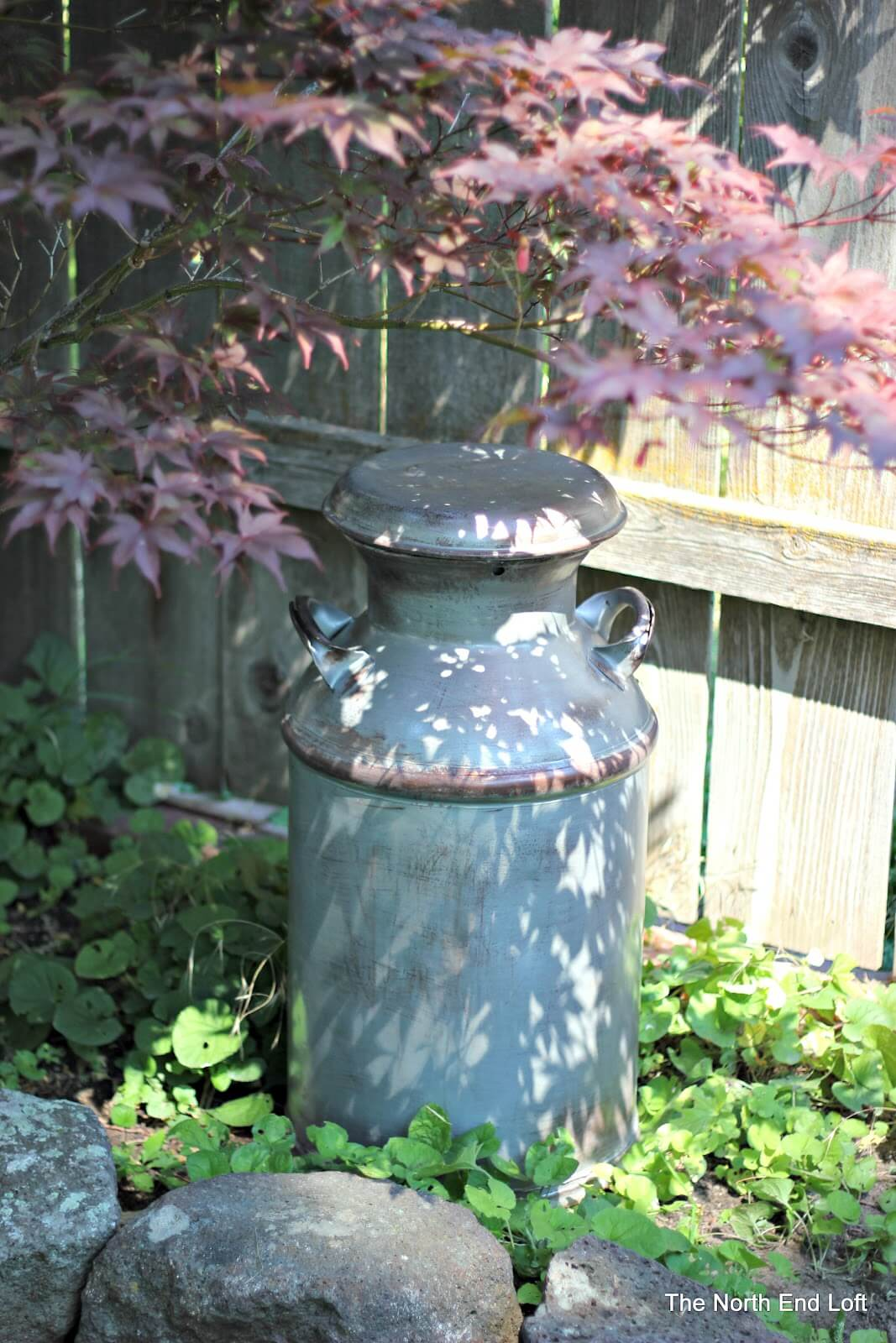 Simple and Classic Outdoor Milk Can