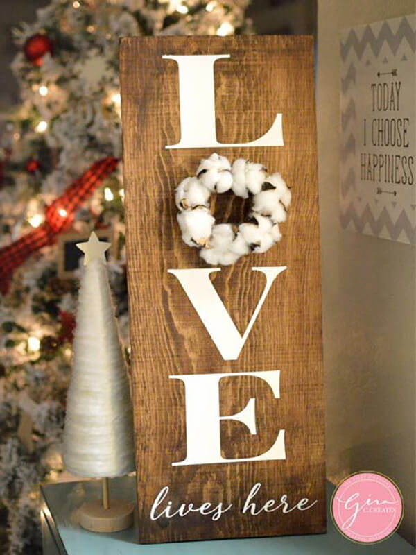 "Pretty Cotton ""Love Lives Here"" Sign"