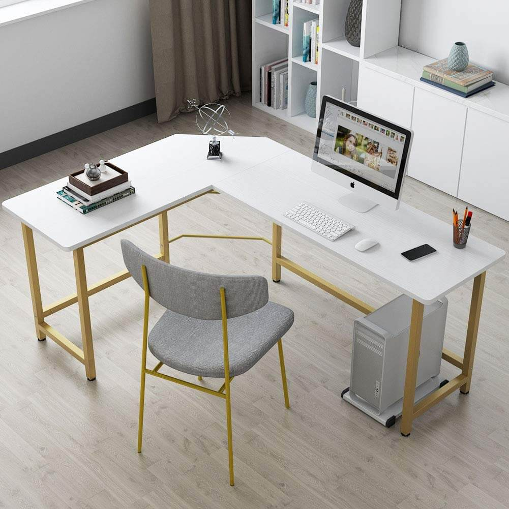 Spacious and Contemporary L-Shaped Desk