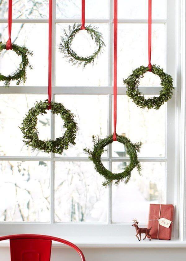 Wreaths of Plenty, Wreaths of Green