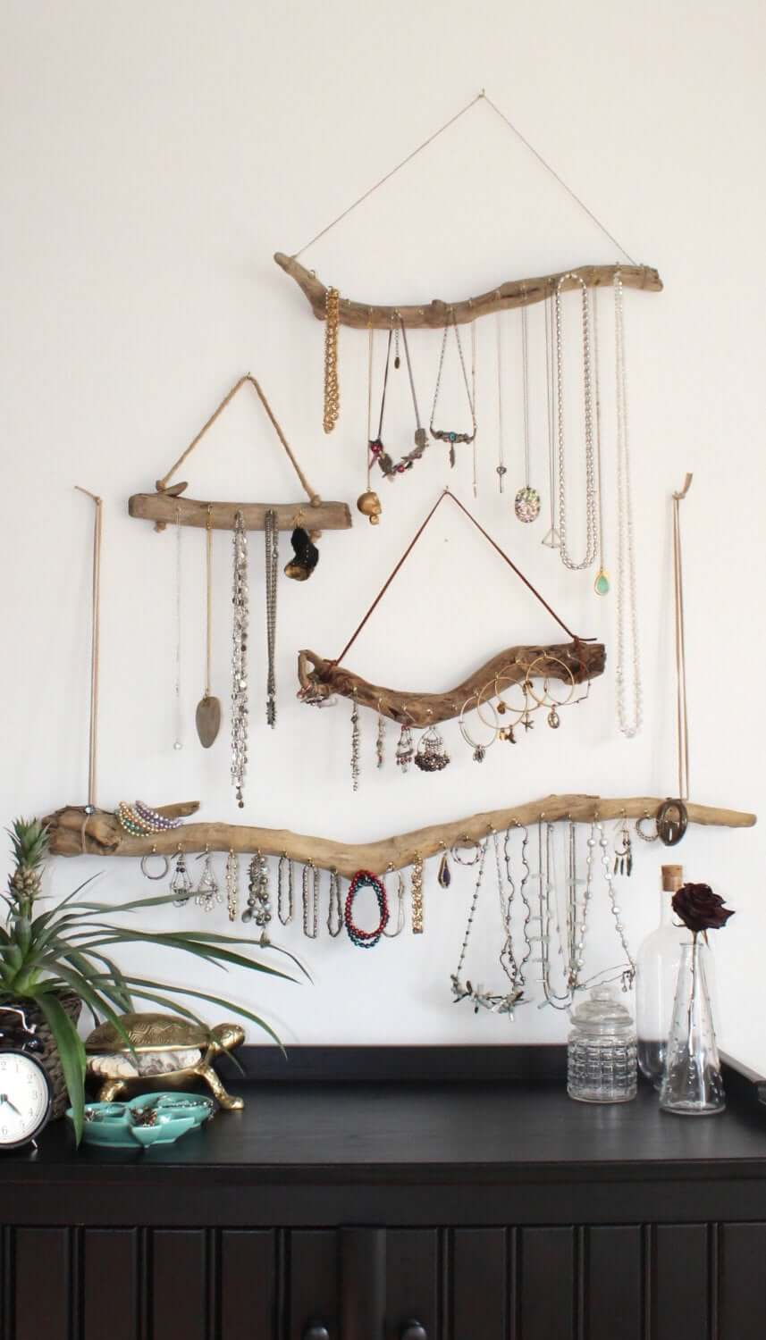 A Stylish Way to Display Jewelry, Naturally