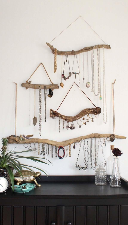 A Stylish Way to Display Jewelry, Naturally