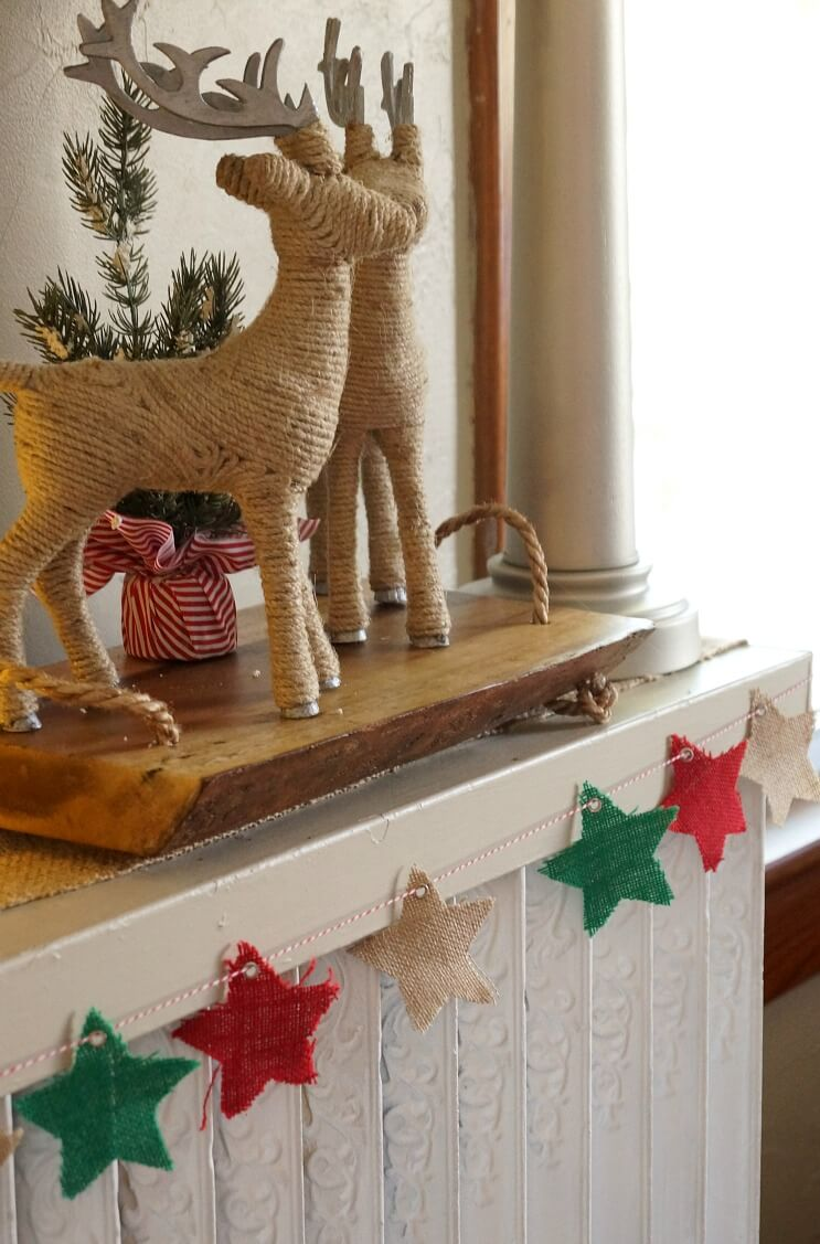 Burlap Stars and Rope Reindee