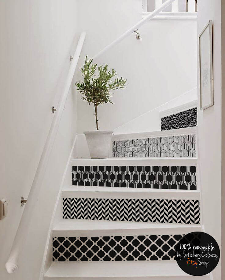 Intriguing Contemporary Black and White Staircase