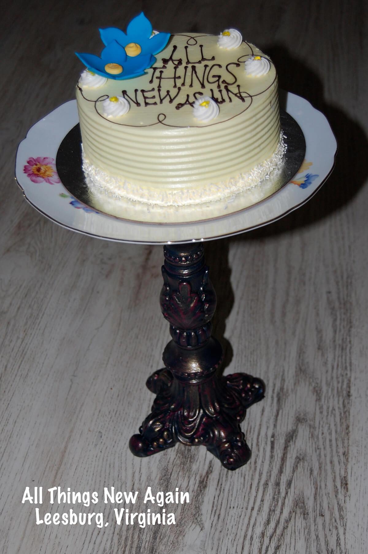 DIY Broken Upcycling Lamps Cake Plate Idea