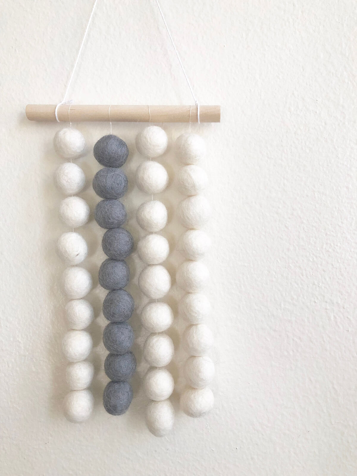 Felt Ball Flat Mobile with String and Wood