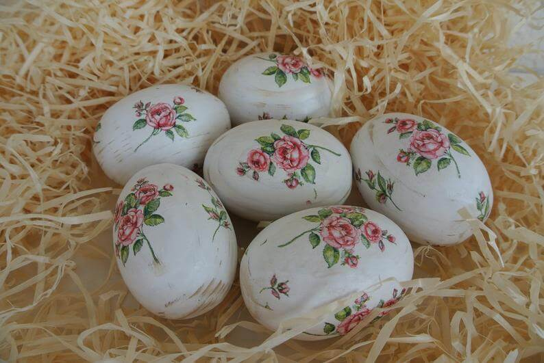 Vintage White Washed Rose Egg Set