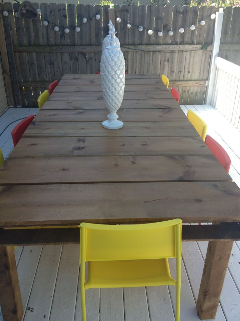 DIY Table from Wood Pallets