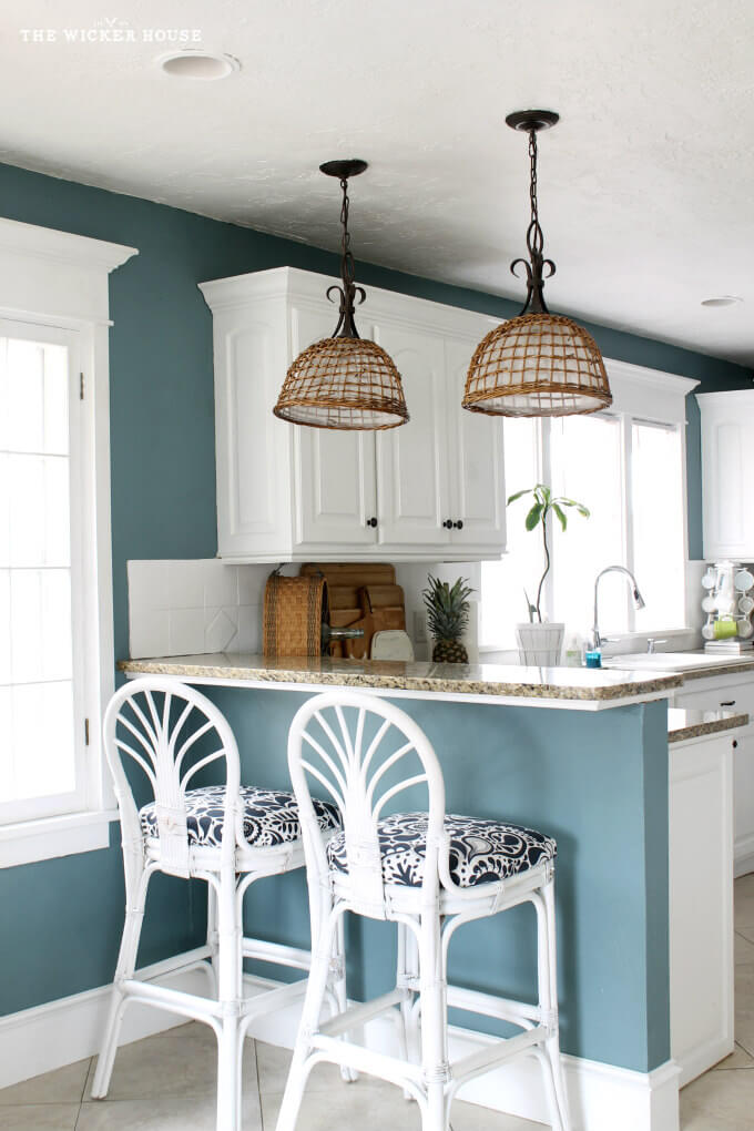 Light to Medium Steel Blue Kitchen Wall Paint