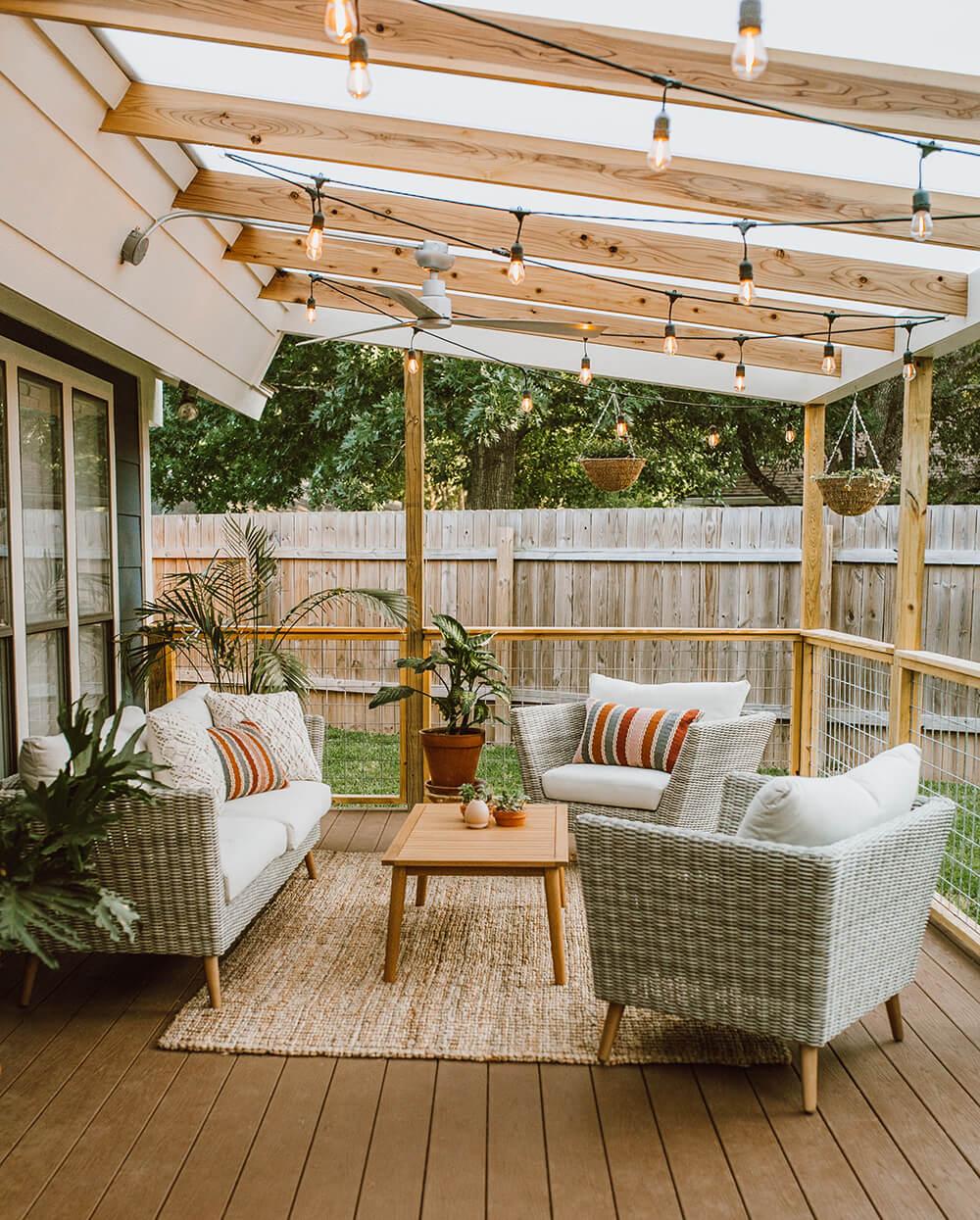 Welcoming Backyard Sitting Ideas for Entertaining