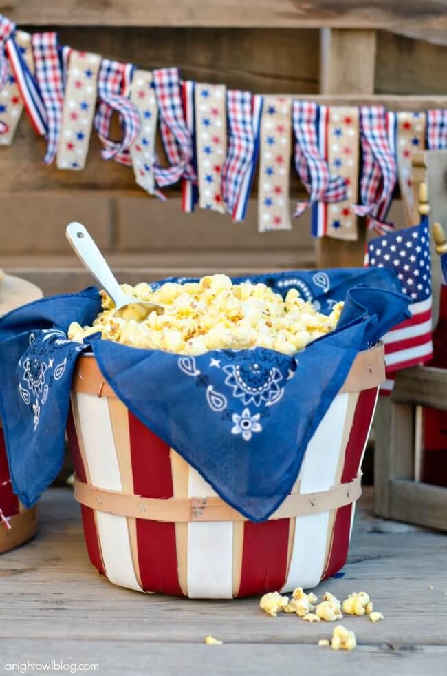 Easy Patriotic Bushel Basket for Snacks